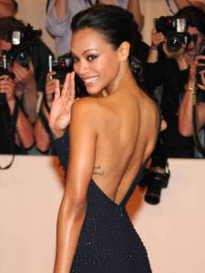 """""""Look at me. I'm skinny, I have a big nose, no tits and no ass, but in a room full of beautiful women, I would still leave with the most gorgeous guy."""" - Zoe Saldana"""
