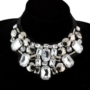 Courtesy of http://www.buzzaboutjewelry.com